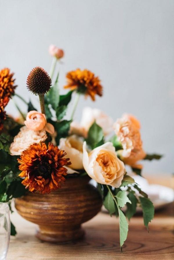 Gợi ý các cách cắm hoa cho ngôi nhà rực rỡ và ấm cúng đón năm mới - Ảnh 2.