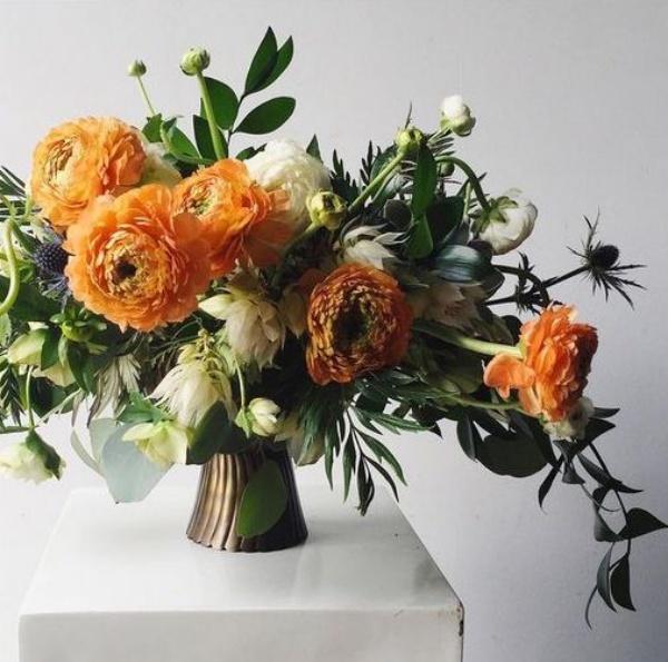 Gợi ý các cách cắm hoa cho ngôi nhà rực rỡ và ấm cúng đón năm mới - Ảnh 3.