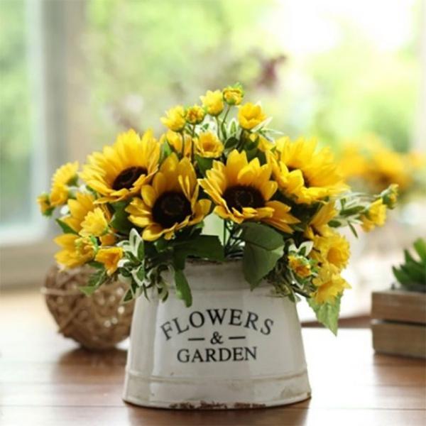 Gợi ý các cách cắm hoa cho ngôi nhà rực rỡ và ấm cúng đón năm mới - Ảnh 5.