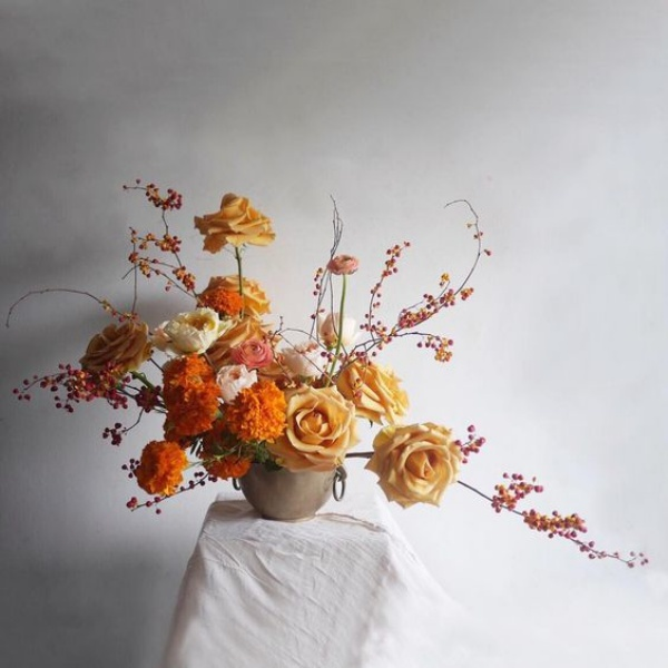 Gợi ý các cách cắm hoa cho ngôi nhà rực rỡ và ấm cúng đón năm mới - Ảnh 6.