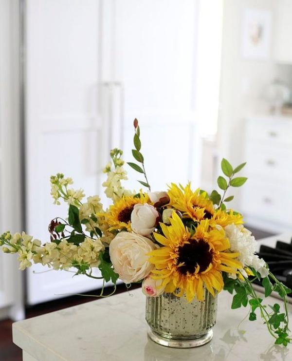 Gợi ý các cách cắm hoa cho ngôi nhà rực rỡ và ấm cúng đón năm mới - Ảnh 8.