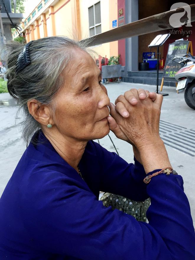 Bà bán rong sáng ăn khoai ế, tối ngủ tập thể 22 nghìn/đêm, ky cóp tiền gửi về quê nuôi chồng - Ảnh 3.