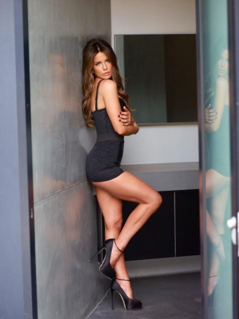 43 tuổi, Kate Beckinsale vẫn giữ được vóc dáng nuột nà như gái đôi mươi và đây chính là bí quyết - Ảnh 6.