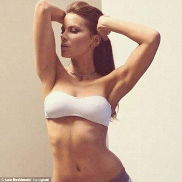 43 tuổi, Kate Beckinsale vẫn giữ được vóc dáng nuột nà như gái đôi mươi và đây chính là bí quyết - Ảnh 8.