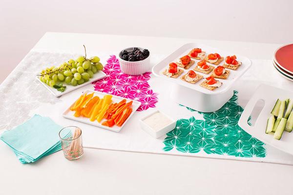 Mách bạn 3 cách làm mới khăn trải bàn đơn giản đẹp tinh tế - Ảnh 6.