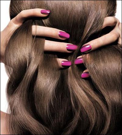 Nhúng vài sợi tóc vào chén nước, thấy hiện tượng này là tóc đã quá yếu rồi đấy nhé - Ảnh 3.