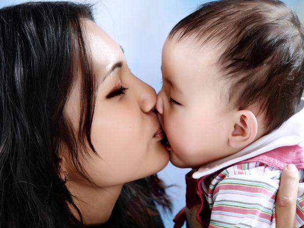 7 lý do tôi không bao giờ hôn môi con - Ảnh 1.