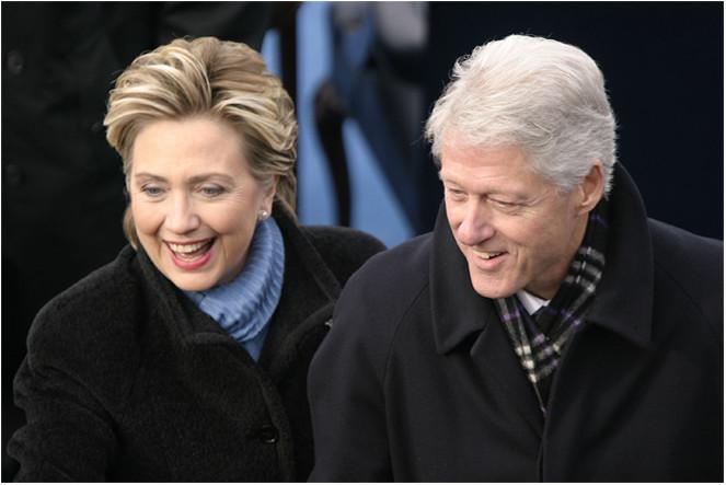 """Hillary Clinton: """"Người đàn bà trong triển lãm có tên hạnh phúc"""" - Ảnh 10."""