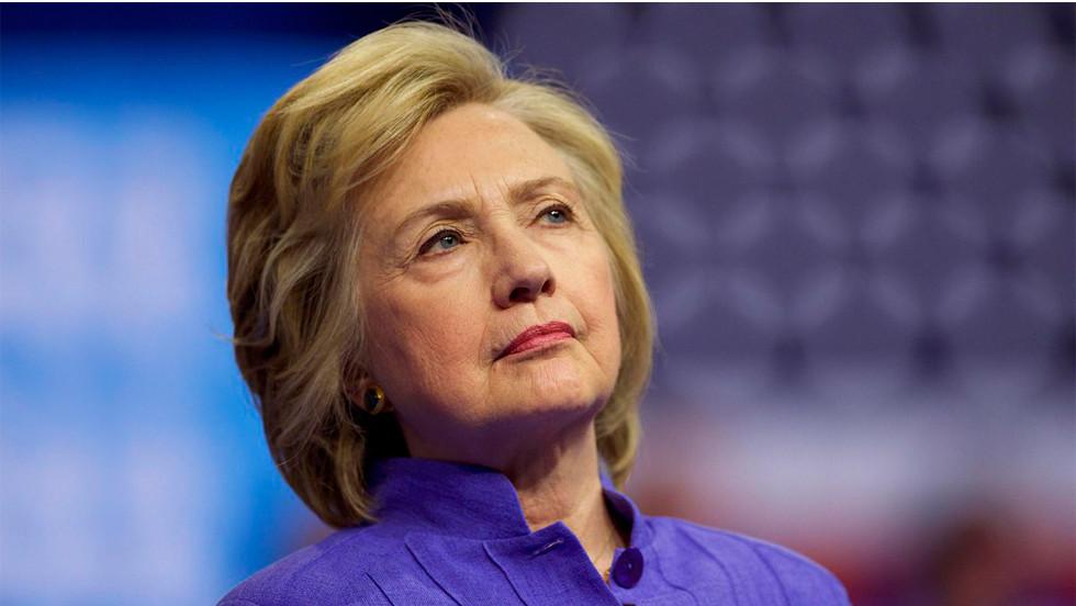 """Hillary Clinton: """"Người đàn bà trong triển lãm có tên hạnh phúc"""" - Ảnh 13."""