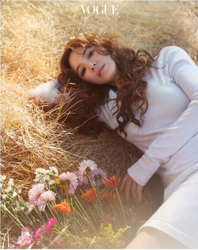 Niềm cảm hứng mang tên Song Hye Kyo: Nếu hạnh phúc chưa đến, có thể vì nó đang tắc đường - Ảnh 2.