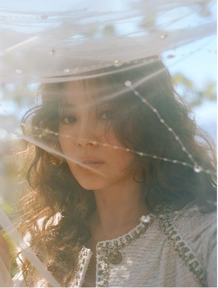 Niềm cảm hứng mang tên Song Hye Kyo: Nếu hạnh phúc chưa đến, có thể vì nó đang tắc đường - Ảnh 7.