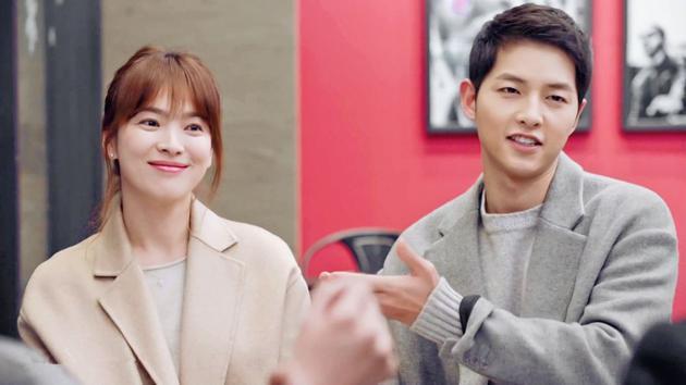 Song Joong Ki bị nhiều người 'ghen ghét' vì đã cưới được nữ thần mà mình yêu mến từ lâu.
