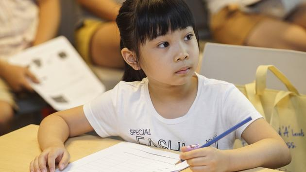 Chuyên gia ĐH Harvard cho rằng: Trẻ sẽ giỏi hơn nếu cha mẹ làm 5 việc này mỗi ngày - Ảnh 3.