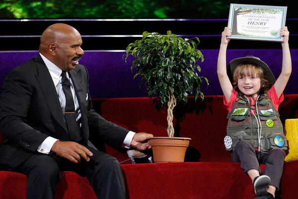 Người lớn sẽ phải bật cười, và sau đó xấu hổ sau khi nghe cậu bé 7 tuổi này nói chuyện - Ảnh 5.