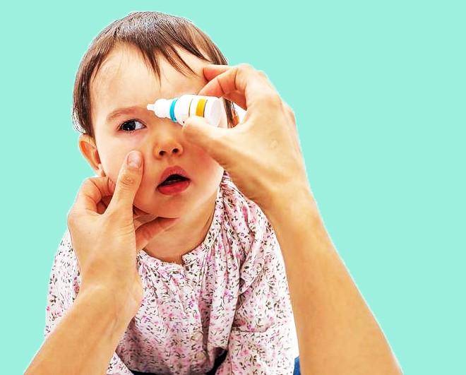 Mắt trẻ sơ sinh dưới 6 tháng bị ghèn khiến mẹ phải ra tay với 3 cách chăm sóc giúp bệnh nhẹ hóa không này - Ảnh 5.