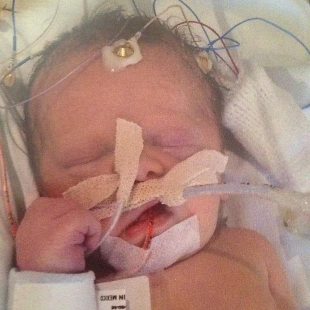 Mất cùng lúc 2 con sau một vụ tai nạn giao thông kinh hoàng, 2 năm sau, phép màu đã xảy ra - Ảnh 2.