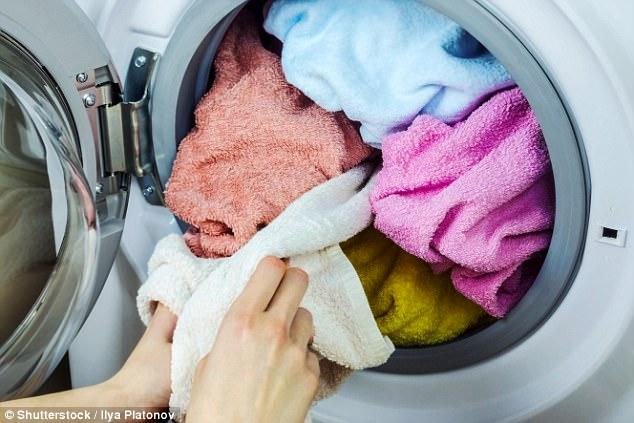Sự thật trần trụi có thể khiến bạn rùng mình về máy giặt - vật dụng không thể thiếu trong nhà - Ảnh 2.