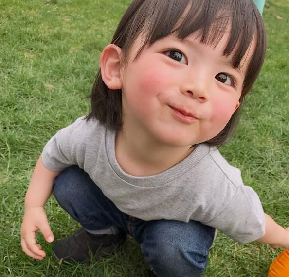 Gặp gỡ em bé Nhật dễ thương nhất instagram, sở hữu lượng fan hâm mộ khủng khắp thế giới - Ảnh 4.