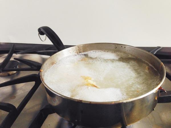 Thêm những mẹo vặt tuy nhỏ nhưng hữu ích cho chị em thường xuyên vào bếp - Ảnh 7.