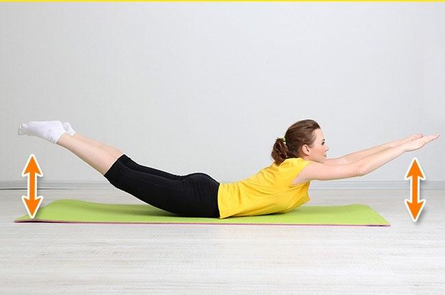 7 bài tập giúp bạn loại bỏ da chảy xệ sau lưng và hai bên thân rất hiệu quả - Ảnh 5.