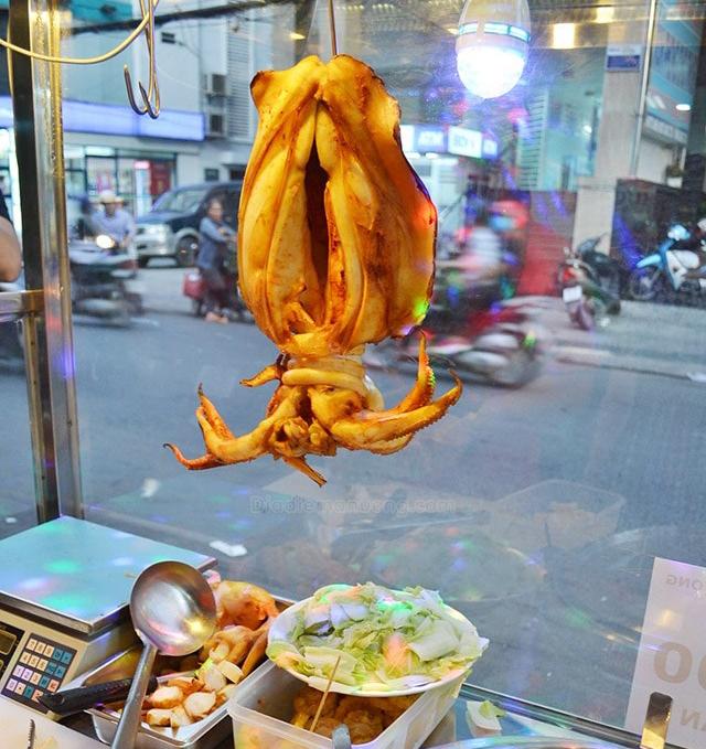 5 món ăn chơi từ mực thử một lần là nghiện ngay tắp lự ở Sài Gòn - Ảnh 8.