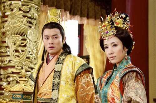 Hoàng đế Trung Hoa và mối tình kỳ lạ với người bảo mẫu già - Ảnh 2.