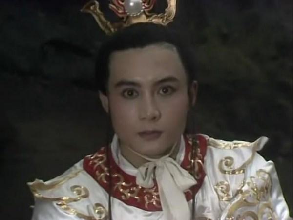 Chỉ đóng vai phụ xuất hiện rất ít mà người này có cát-xê gấp nhiều lần Tôn Ngộ Không trong Tây du ký 1986 - Ảnh 2.