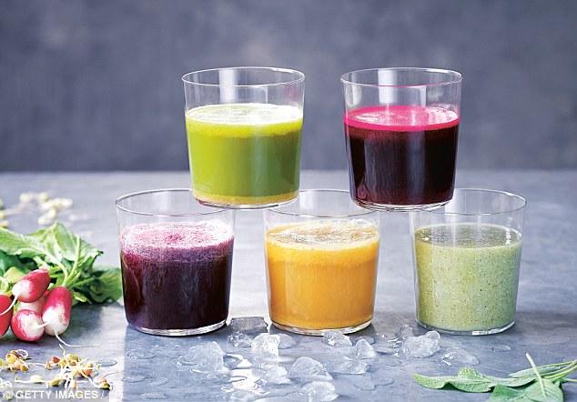Muốn giảm cân, hãy tránh xa nước ép trái cây, rau củ - Ảnh 1.