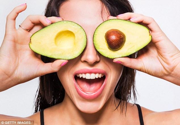 Nữ diễn viên đoạt giải Oscar - Natalie Portman - có làn da hoàn hảo mọi thời điểm nhờ cắt giảm 2 loại thức ăn - Ảnh 4.