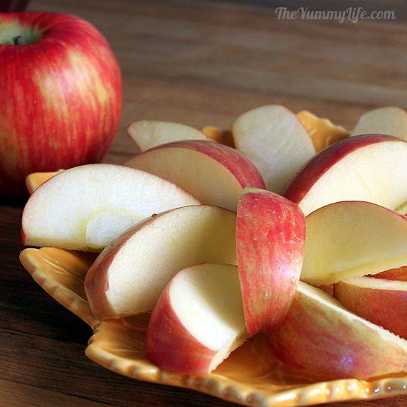 Tôi đã biết cách để táo cắt ra không bị nâu mà vẫn trắng tinh như Bạch Tuyết luôn đấy nhé - Ảnh 3.