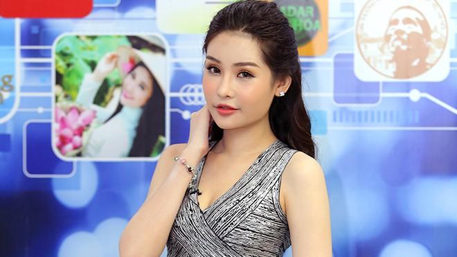 Trưởng BTC Hoa hậu Đại Dương bỏ về giữa chừng trong cuộc gặp gỡ báo chí liên quan đến tân HH Lê Âu Ngân Anh - ảnh 1