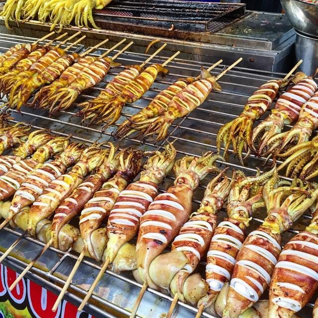 5 món ăn chơi từ mực thử một lần là nghiện ngay tắp lự ở Sài Gòn - Ảnh 4.
