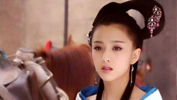 Triệu Phi Yến: Từ kỹ nữ lên làm Hoàng hậu Trung Hoa, ngang nhiên ngoại tình cùng cả dàn trai trẻ - Ảnh 2.