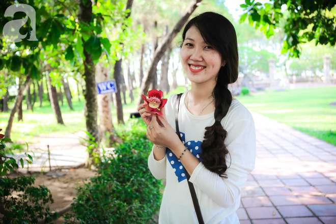 Ghé Huế, vào chùa Thiên Mụ 400 năm tuổi ngắm những đóa sala - hoa của sự yên lành - ảnh 13