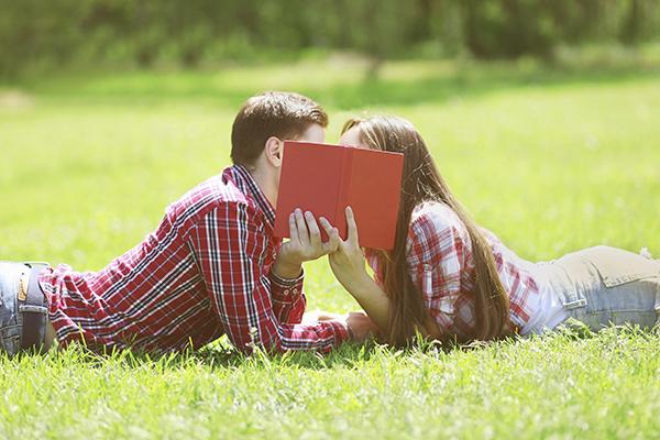 5 điều cực kì nguy hiểm có thể xảy ra khi bạn hôn một ai đó - Ảnh 3.