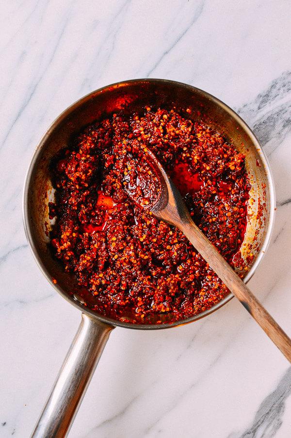 Tuyệt chiêu làm ớt sa tế ngon thôi rồi, nhìn là đã chảy nước miếng - Ảnh 4.