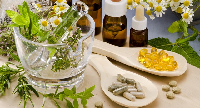 Chuyên gia tiết lộ sự thật về thực phẩm chức năng, vitamin tổng hợp khiến nhiều người ngã ngửa - Ảnh 4.