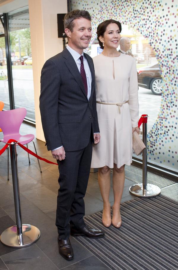 Có một vị công nương còn mặc đẹp hơn cả Kate Middleton - Ảnh 3.