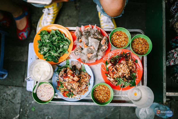 10 địa chỉ ăn vặt cực ngon ở khu Hồ Gươm để tận hưởng ngày cuối cùng của kì nghỉ - Ảnh 3.