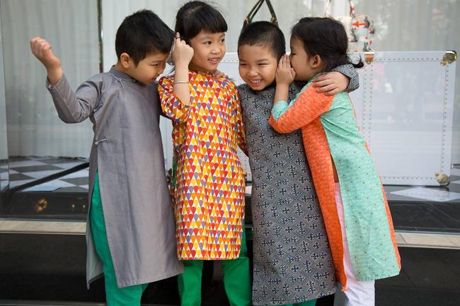 5 tiệm áo dài cách tân cực chất, giá dưới 1 triệu để đẹp cả Tết ở Hà Nội - Ảnh 3.