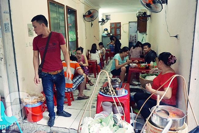 Mách bạn 8 quán ăn ngon, mở bán sớm để giải ngấy cỗ Tết ở Hà Nội - Ảnh 11.