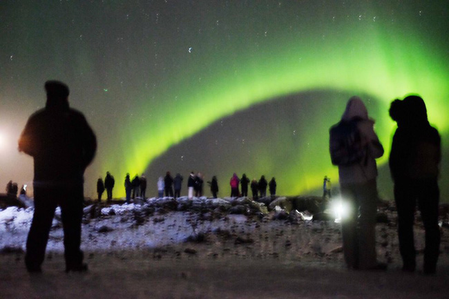 Khám phá Paris, ngắm cực quang ở Iceland qua ống kính của Quang Vinh - Ảnh 15.