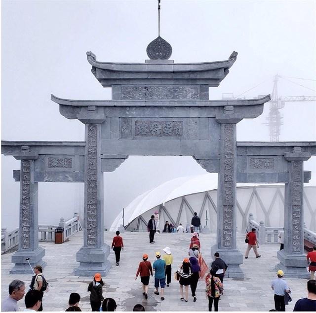Thành phố trên mây cách Hà Nội một đêm tàu - điểm đến đang khiến giới mê xê dịch phát sốt - Ảnh 14.