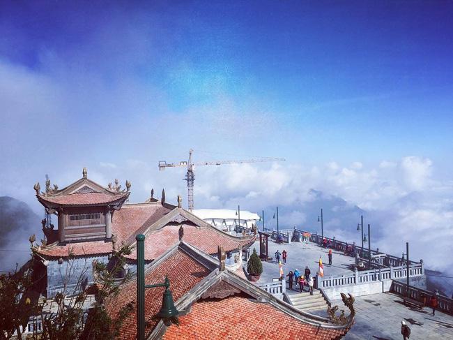 Thành phố trên mây cách Hà Nội một đêm tàu - điểm đến đang khiến giới mê xê dịch phát sốt - Ảnh 2.