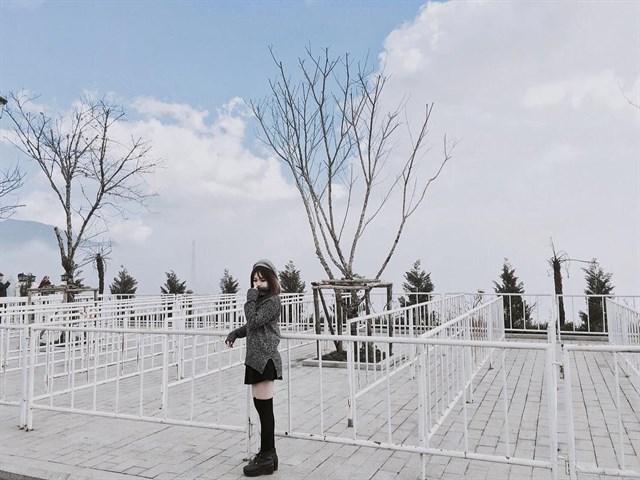 Thành phố trên mây cách Hà Nội một đêm tàu - điểm đến đang khiến giới mê xê dịch phát sốt - Ảnh 12.