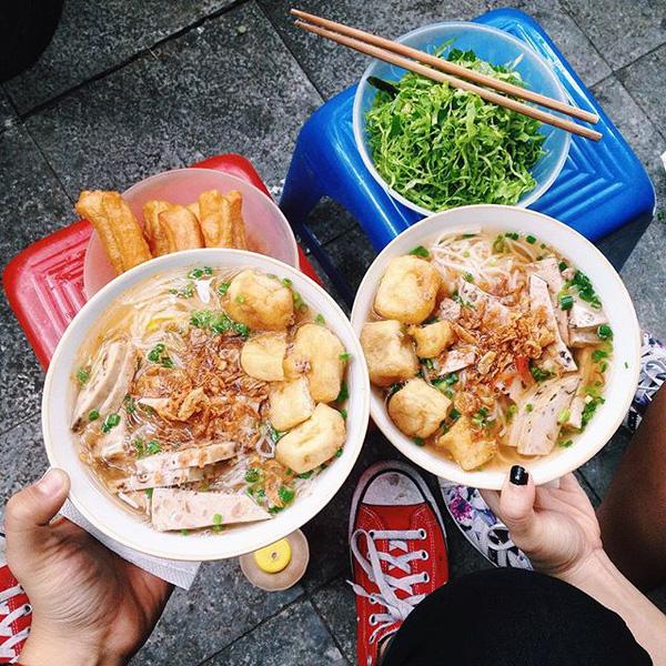 9 quán bún giá mềm cho bữa sáng ngon tuyệt ở Hà Nội - Ảnh 15.