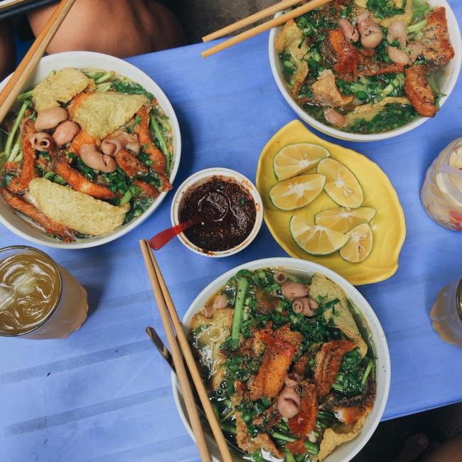 9 quán bún giá mềm cho bữa sáng ngon tuyệt ở Hà Nội - Ảnh 24.