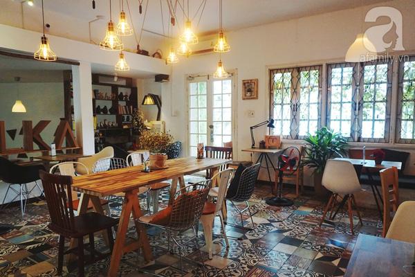 5 quán cà phê  ẩn mình trong hẻm vừa chất, vừa đẹp bất ngờ ở Sài Gòn - Ảnh 4.