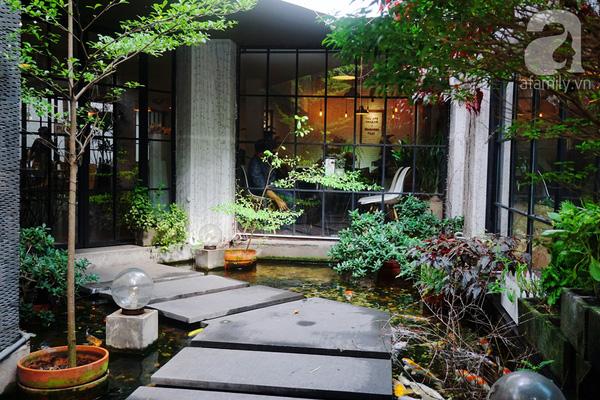 5 quán cà phê  ẩn mình trong hẻm vừa chất, vừa đẹp bất ngờ ở Sài Gòn - Ảnh 1.
