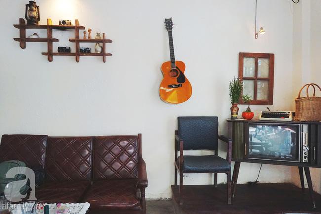 5 quán cà phê  ẩn mình trong hẻm vừa chất, vừa đẹp bất ngờ ở Sài Gòn - Ảnh 12.